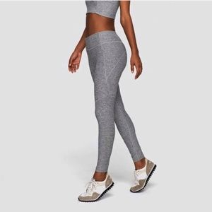 Outdoor Voices Warmup Heathered Grey Leggings M